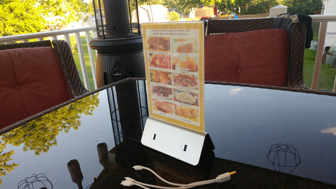 Restaurant Cell Phone Charging Station