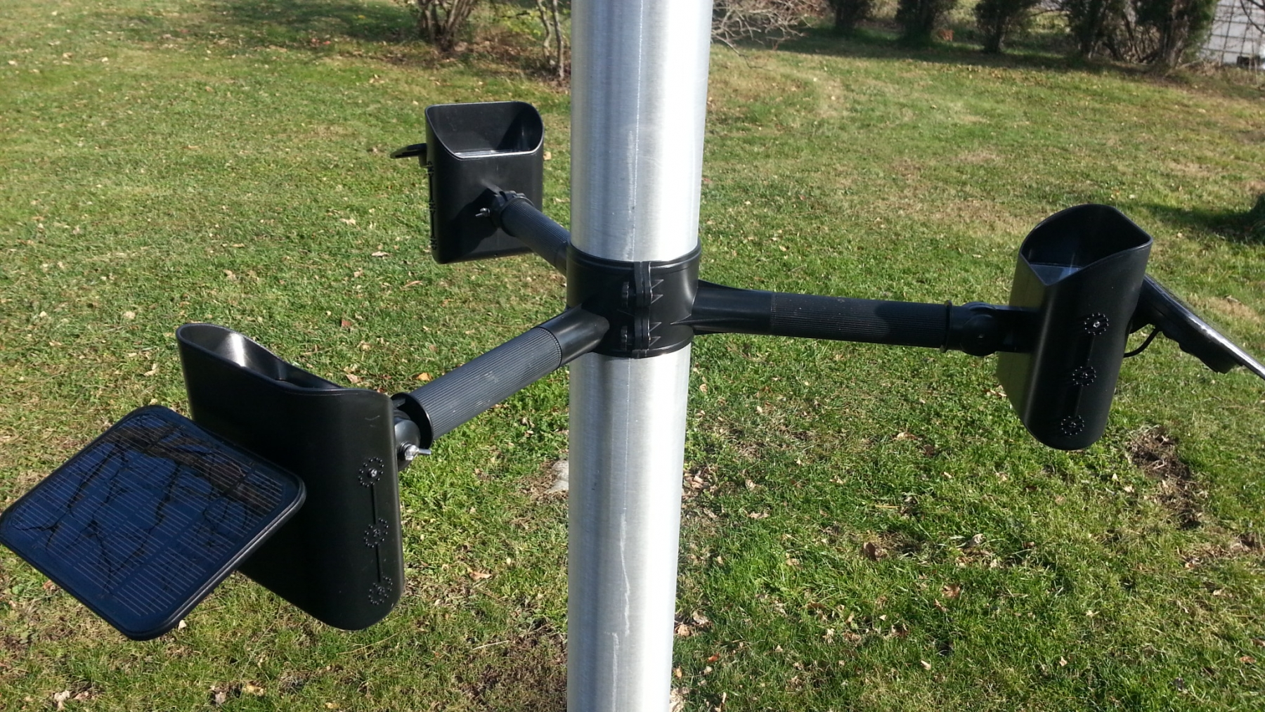 PolePal Solar Flagpole Lighting System Product Details